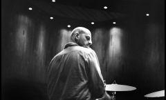 Creo en la música más que en la humanidad: Hernán Hecht, baterista