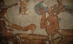 El sitio prehispánico resguarda cerca de 200 estelas y un hermoso friso de estuco.