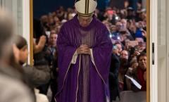 Papa Francisco abre Puerta Santa de la caridad y pide estas dos cosas al Señor
