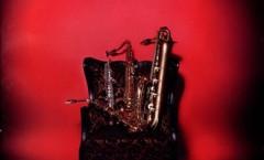 De las manos de ebanista de Adolphe Sax y de su ingenio nació el saxofón. En la imagen de archivo, un miembro del sexteto Saxofones Saxtlán.