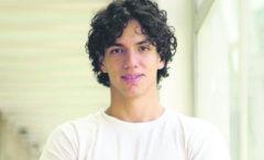 Isaac Hernández trabaja con una visión: hacer que el ballet sea relevante hoy día