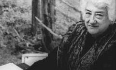 Dolores Castro: nueve décadas entre lo vivido y la palabra