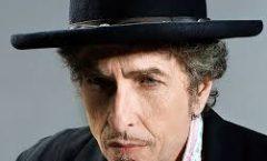 Bob Dylan recibió el Nobel en Estocolmo