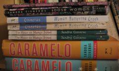 La escritora chicana reconocida en el mundo: Sandra Cisneros