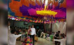 Una joven en Oaxaca celebra sus XV años al estilo tradicional del Istmo