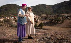 Mujer tarahumara a los 81 años termina educación elemental