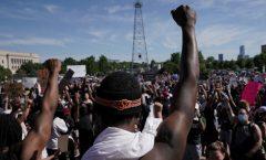El país que se descubrió racista