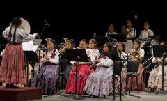 En Juchitán una orquesta de mujeres