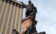 """12 de Octubre """"La Caída de Cristóbal Colón"""""""