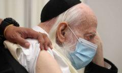 Un hombre en Israel muere tras reinfectarse de coronavirus de cepas distintas