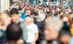 La inmunidad de la población no se alcanzará este año, advierte la OMS