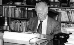Andrés Henestrosa, escritor y poeta, además de gran lector.
