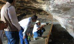 Mitla, vandalismo en cueva prehistórica