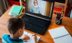 Profesores: más gastos y problemas de salud, por las clases en línea