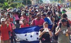 Más de 2 mil hondureños salen en caravana hacia EU