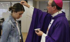 El Vaticano cambia el rito del miércoles de ceniza para adaptarlo a las disposiciones sanitarias