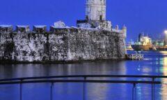 La fortaleza de San Juan Ulúa sobre un islote frente a la ciudad de Veracruz