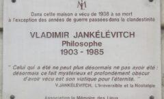 """""""Aquel que ha sido no puede en adelante dejar de ser"""": Vladimir Jankélévich"""