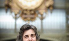 Laurence des Cars, primera mujer que dirige el Museo del Louvre