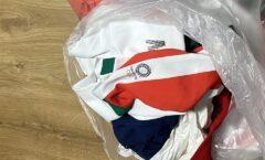 Equipo mexicano de softbol deja el uniforme en bolsas de basura