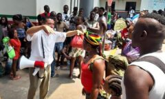 Trato infrahumano a africanos y haitianos en México