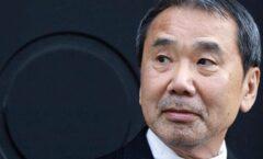 Haruki Murakami, y Seiji Ozawa, escritor y director de orquesta; japoneses