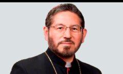 Muere el arzobispo Reyes Larios