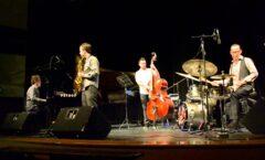El baterista, figura central del jazz en México, El maestro Félix Agüero
