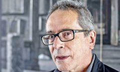 El escritor argentino César Aira  recibió este sábado el Prix Formentor 2021 en Sevilla